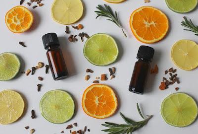 Apa florală, un boost de beneficii pentru piele