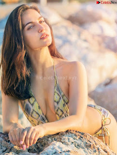 Elli Avram Girlfriend of hardik Pandya Elli Avrram in Bikini ~ .xyz Exclusive 012