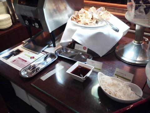 ビュッフェコーナー:フレンチトースト1 ホテルエミシア札幌カフェ・ドム