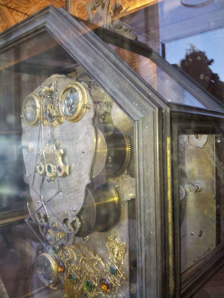 Les Voyages De La Salamandre Musee Du Vatican border=