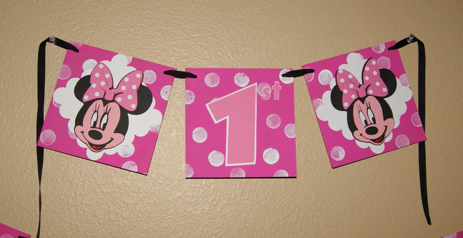 Altered to Perfection: Minnie Mouse 1st Birthday Banner