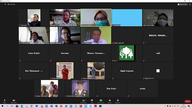 Peserta webinar Pokja REDD+ kalbar dengan FIP 1