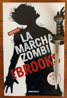 Portada del libro La marcha zombi, de Max Brooks