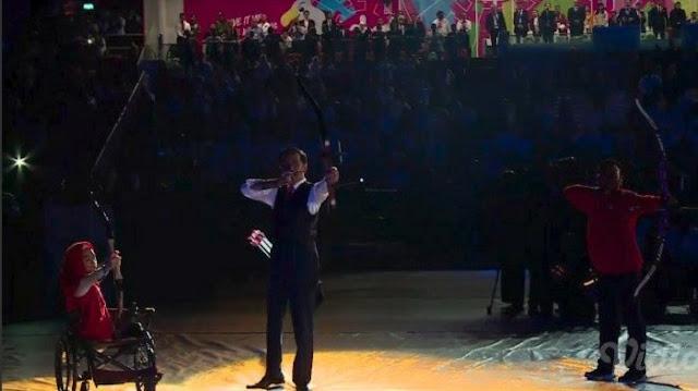 Jokowi Pamer Keahlian Memanah di Asian Para Games 2018
