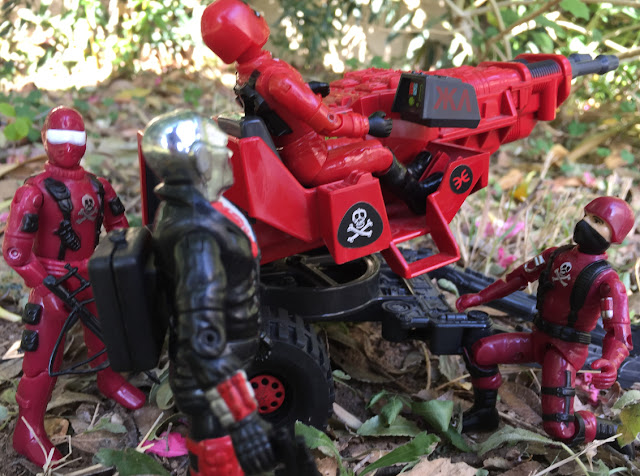 Red Shadows Cobra Invasor, Black Major, Snake Eyes, Factory Custom, Action Force, Bootleg, Hunter, Cobra Officer, Red Laser, Red Jackal, Cobra Commander, Destro, Steel Brigade, Laser Exterminator, Cobra Trooper