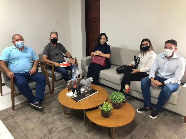 Prefeito de Patos abre diálogo com UEPB para campo de estágio