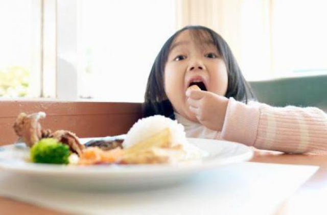 Cara Atasi Anak yang Punya Nafsu Makan Berlebihan