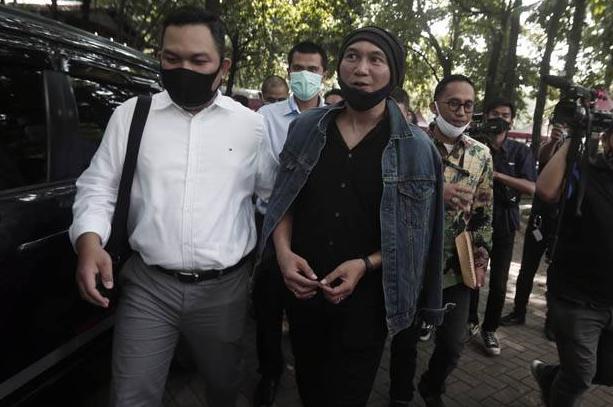 BREAKINGNEWS: Penyanyi Anji Ditangkap Polisi karena Dugaan Narkoba