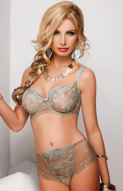 Sandra Brec lingerie photos