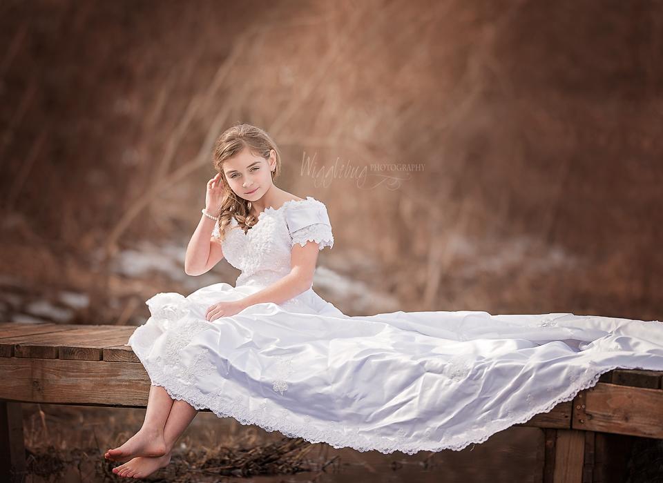 Wedding Dress Mini Session : DeKalb Outdoor Photographer