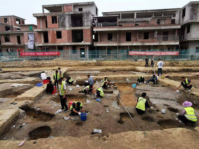 Neolithic tombs with intact human remains found in south China