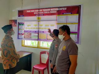 Kanit Binmas Polsek Cendana Polres Enrekang Bersama Bhabinkamtibmas Kontrol Balla Ewako Di Desa Binaannya