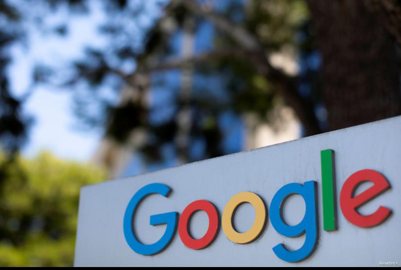 Se muestra el logotipo de Google en uno de los complejos de oficinas de la empresa en Irvine, California / REUTERS