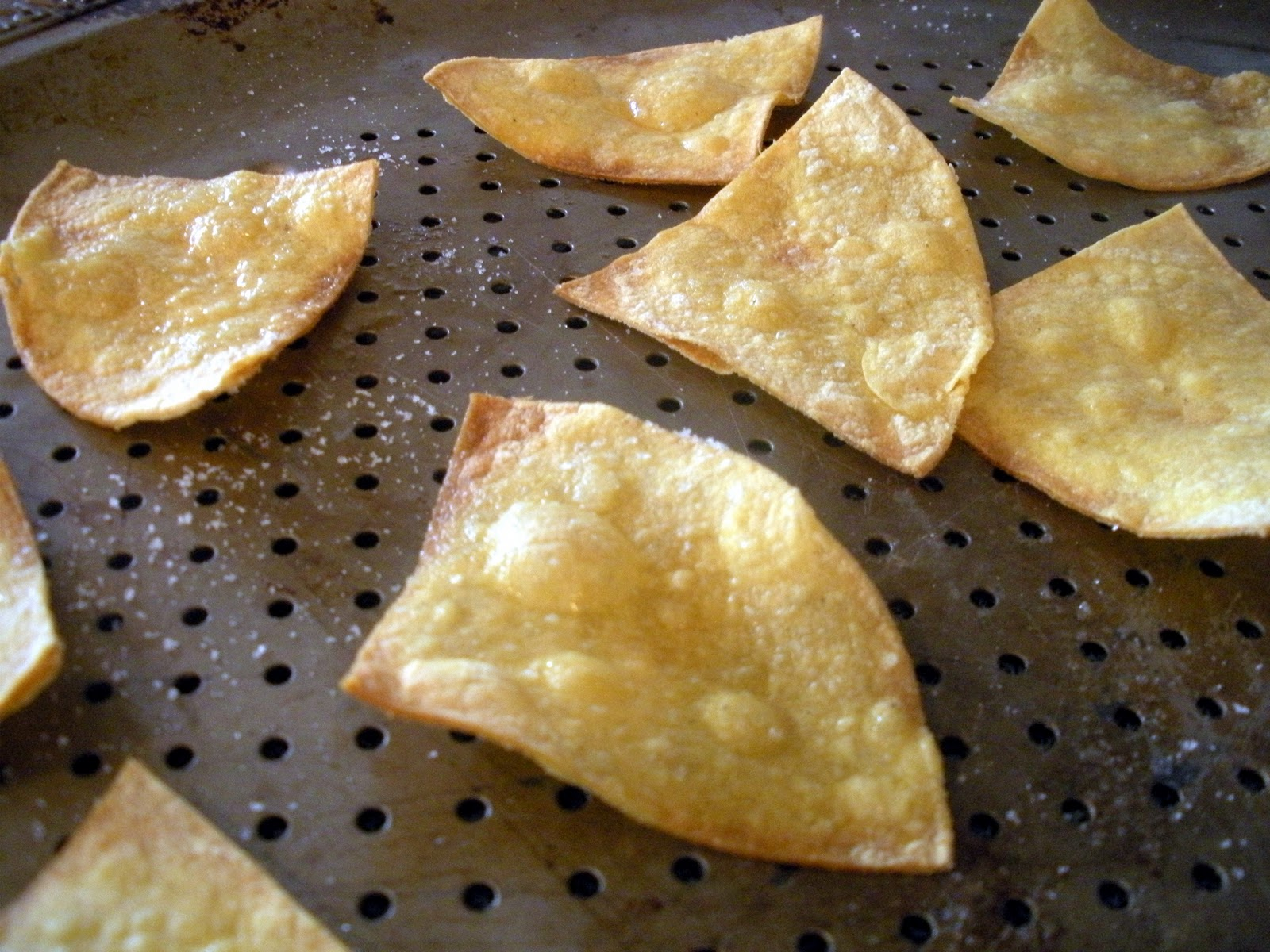 How to cook corn tortillas into chips