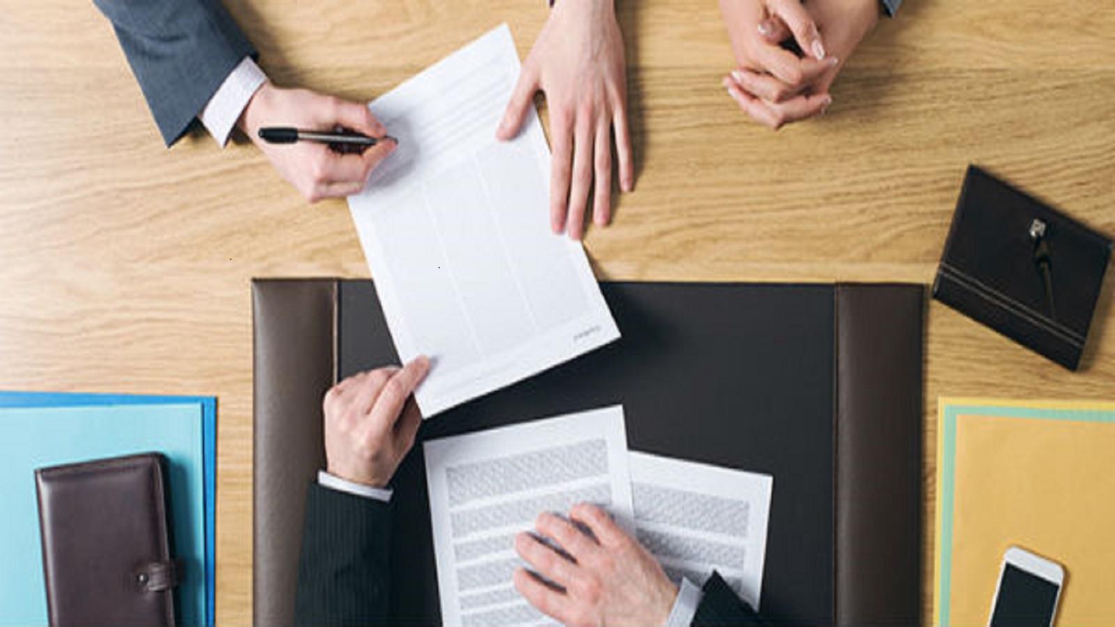 Memilih dan Menggunakan Jasa Pengacara/Advokat Ada Tips-nya ?