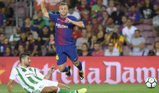 AGEN BOLA - Berkeinginan Mendapatkan Gerard Deulofeu Dari Barcelona
