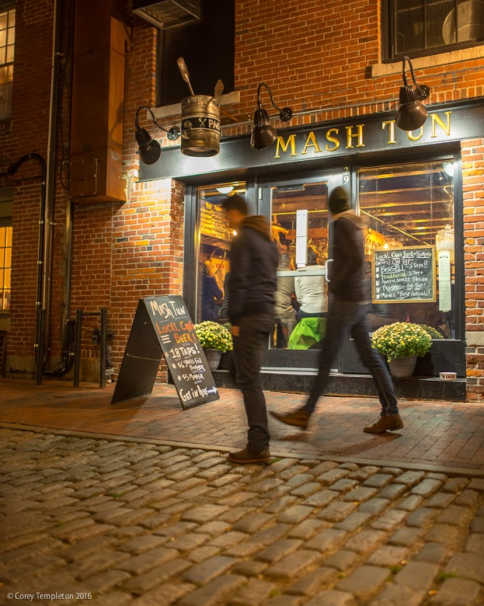 Portland, Maine USA November 2016 photo by Corey Templeton. Passing by the Portland Mash Tun brew pub at 29 Wharf Street in the Old Port.