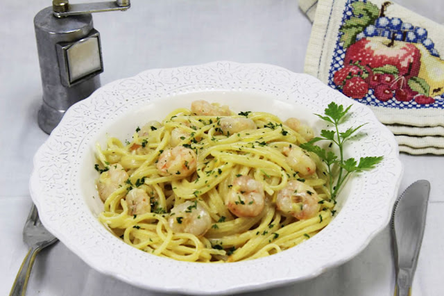 Espaguetis con puerro y gambas olla GM