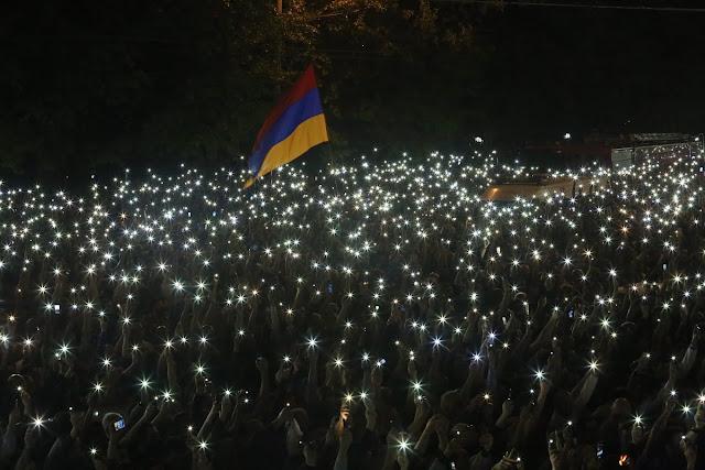 Pashinyan dice que renunciará tras la cumbre de la Francofonía en Ereván
