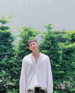Foto Ganteng Donghyuk iKON