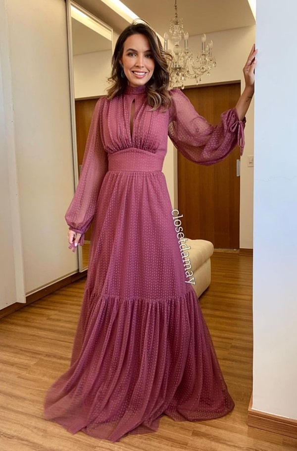 vestido rosa uva em tule de poás com manga longa