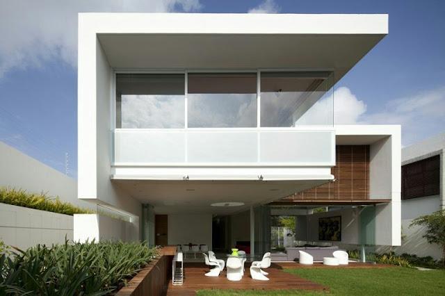Minimalist 2 Floor Floating House Design