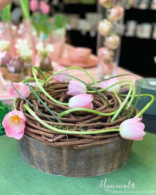 Tavaszi tulipános asztaldísz I Manzard9
