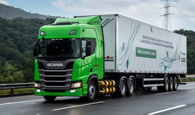 Maroni Transportes abre vagas para motoristas carreteiros com e sem experiência em 3 cidades