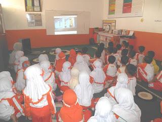 Di Hari Pahlawan, Siswa SD Juara Nobar Film Ki Wasyid Cilegon
