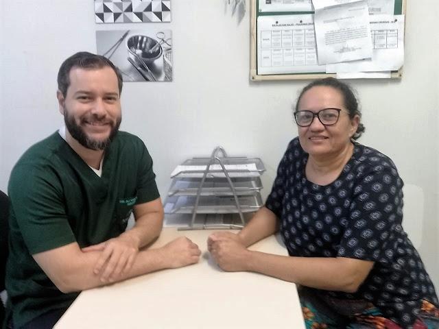 Enquanto Bolsonaro desampara a educação, HU faz 1ª cirurgia de reconstrução de mama com prótese