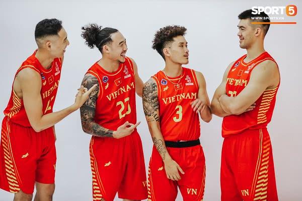 Đồng phục đội tuyển bóng rổ Việt Nam thi đấu SEA Games 30 1