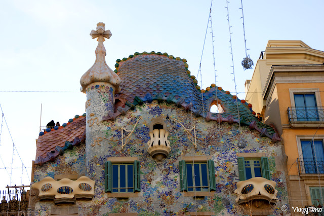 Tetto di Casa Battlò opera di Gaudì