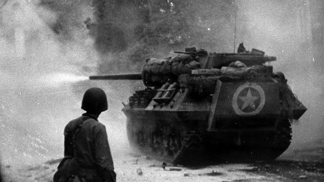 m10 tank destroyer black and white ww2