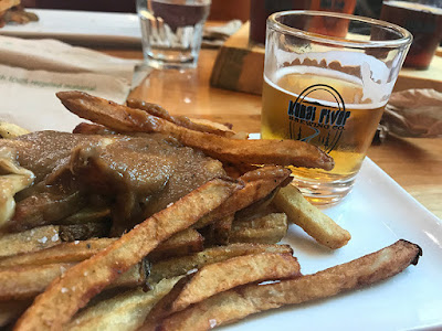 Poutine and Beer – Description of Comfort Food!!!