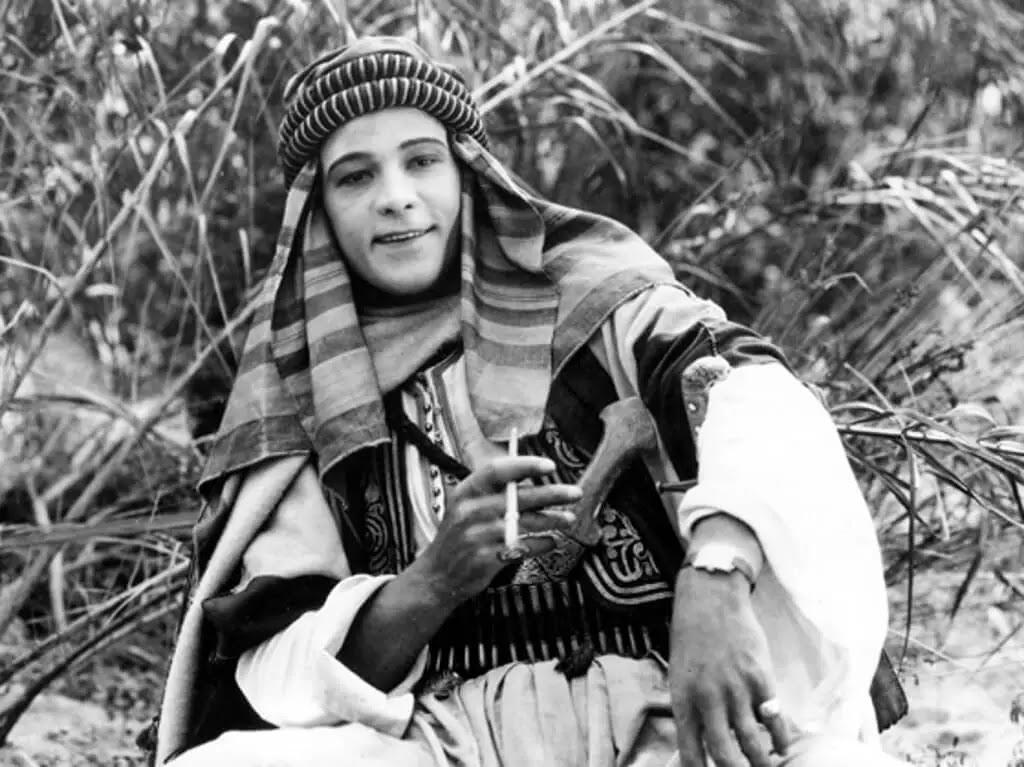 """قصة """" الشيخ"""" للكاتبة البريطانية: إديث مود هل ترجمة:  إبراهيم كامل أحمد"""