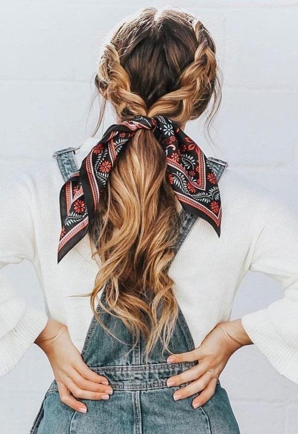 bandana no cabelo