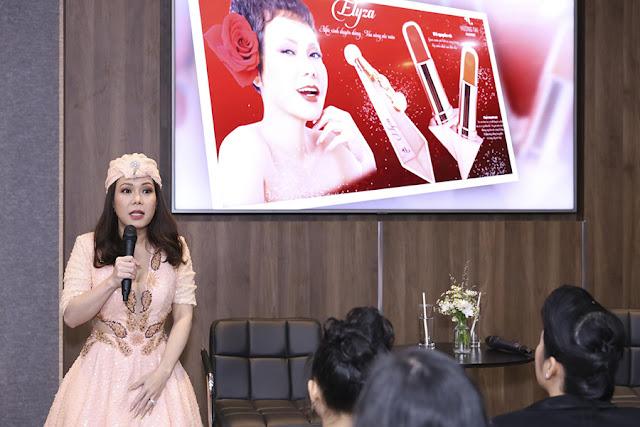 Nghệ sĩ Việt Hương tưng bừng khai trương cơ sở mỹ phẩm Hương Thị - Ảnh 9