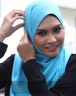 Tutorial Hijab Segi Empat Untuk Wajah Bulat, Oval Lonjong Simple