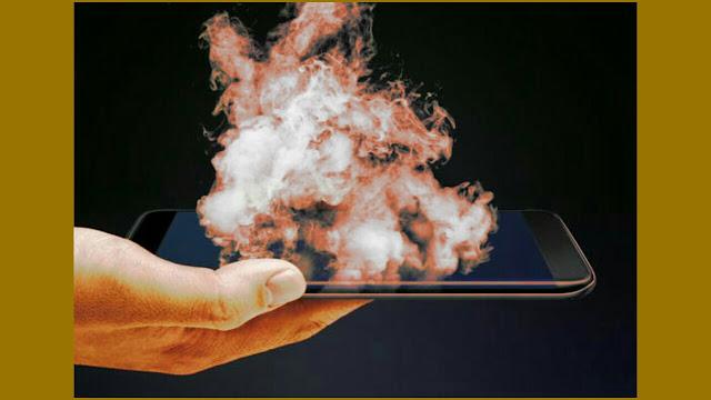 मोबाइल गर्म हो रहा है तो उसे कैसे ठंडा करें