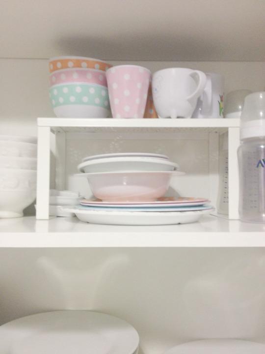 3 productos de ikea imprescindibles para organizar tu for Estantes para cocina restaurante