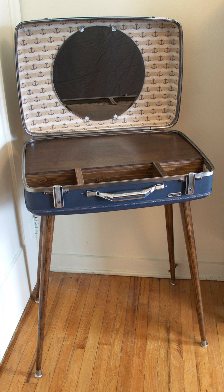 la fabrique d co id e r cup vintage une table valise. Black Bedroom Furniture Sets. Home Design Ideas