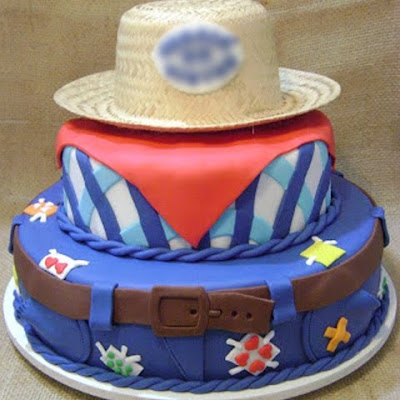 bolo festa junina diferente estiloso divertido bonito elegante junino quermese aniversario casamento quadrilha masculino menino caipira roupa