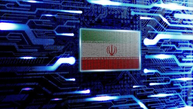 ليس بالسلاح بل بالكمبيوتر.. هذا ما يمكن أن تفعله إيران رداً على الولايات المتحدة