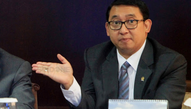 Fadli Zon: Warga Ngurus e-KTP Dibilang Blankonya Kosong, Giliran Buronan 30 Menit Sudah Jadi