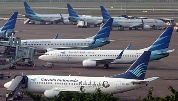 Cara Pesan Tiket Pesawat Terbang via Telepon Contact Center