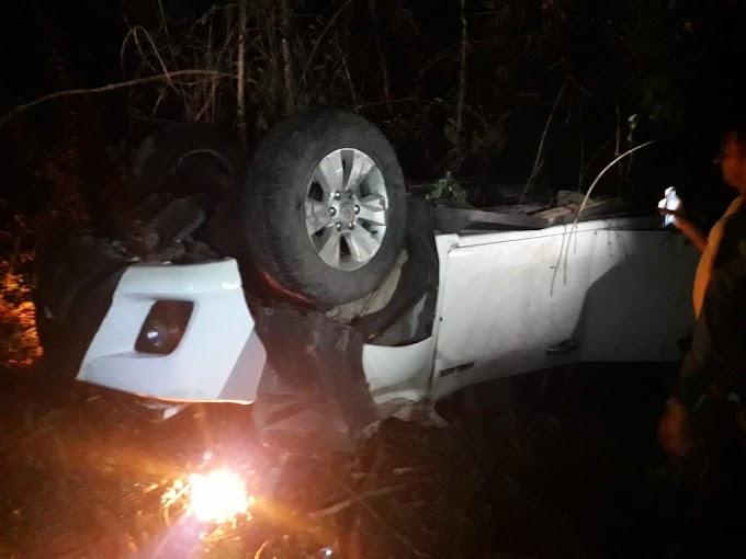 Motorista perde o controle da direção e carro capota na BR-034 em São Bernardo-MA