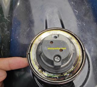 Cara Memperbaiki Tutup Tangki Motor Vixion Rusak, Macet atau Los Dol
