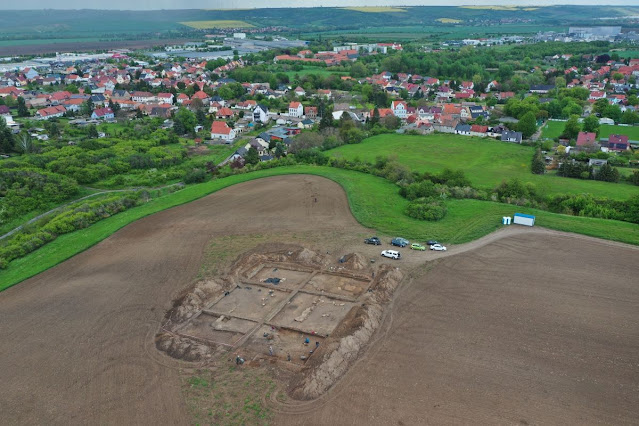 10th century royal church discovered under Saxony cornfield