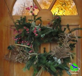 Couronne de noël, fusain, décoration, unis vers nature, stages plantes sauvages