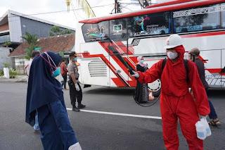 Bus Rombongan Ngunduh Mantu Di Purwokerto Dipulangkan Ke Wonogiri